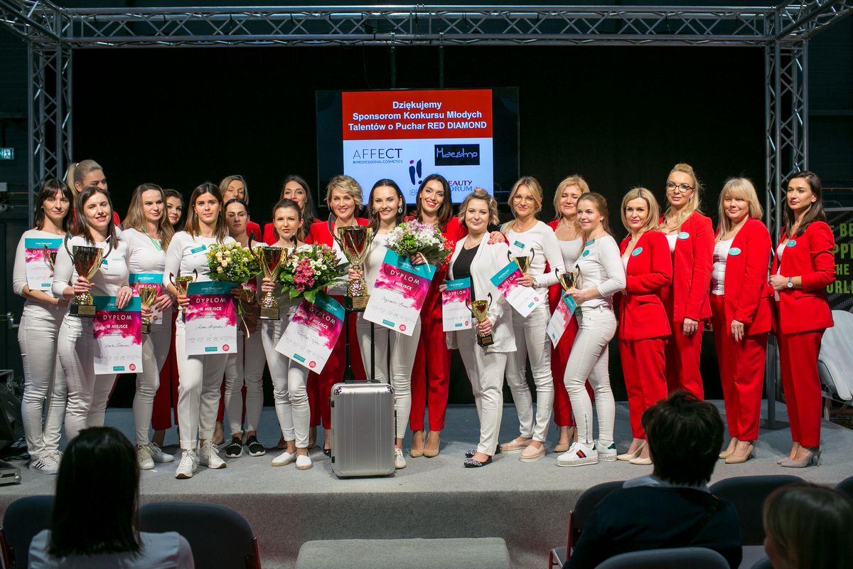 Elitarne Mistrzostwa Polski w Makijażu Permanentnym Long-Time-Liner 2019